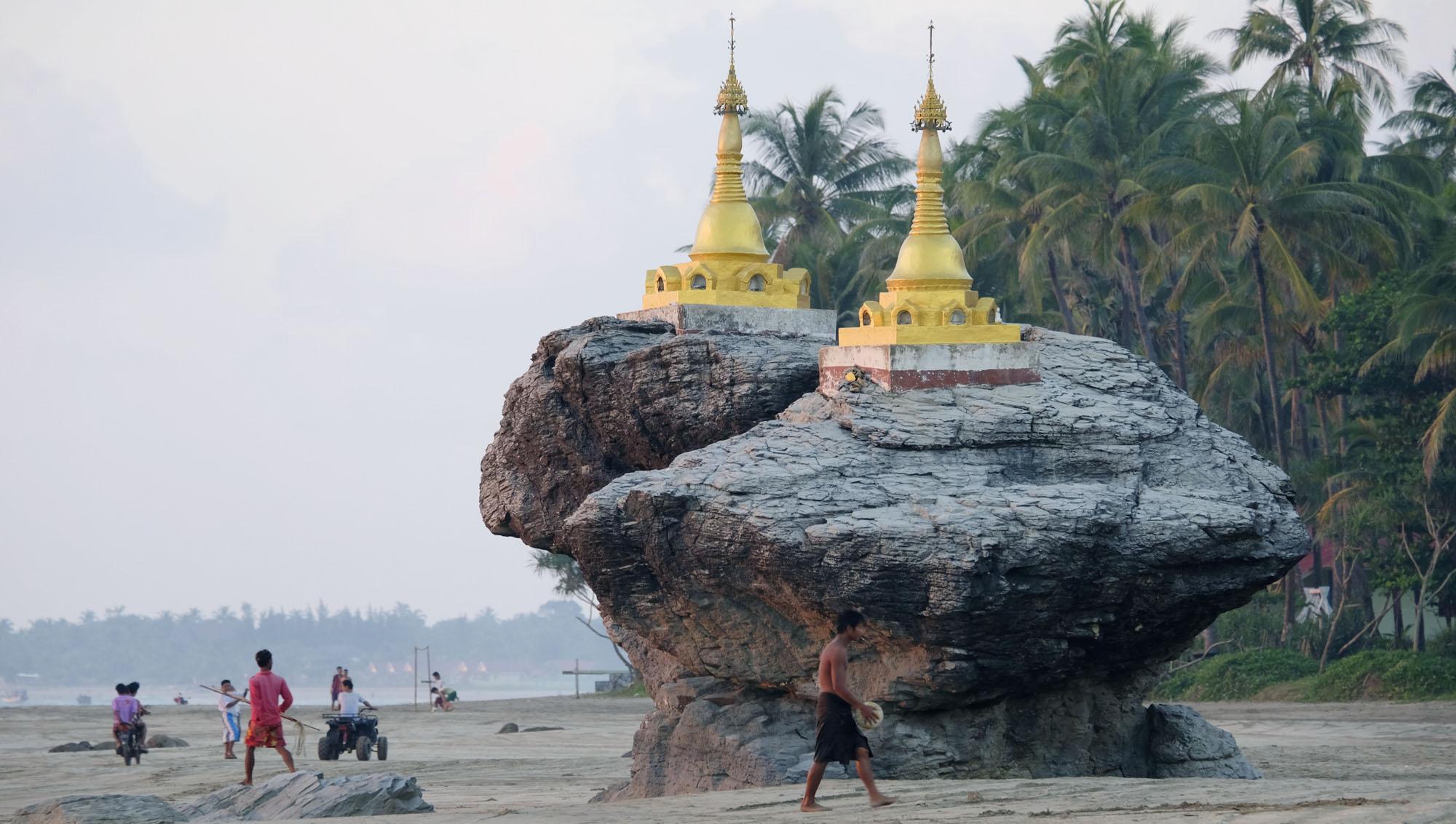 reise-ansichten Ngwe Saung Pagoden