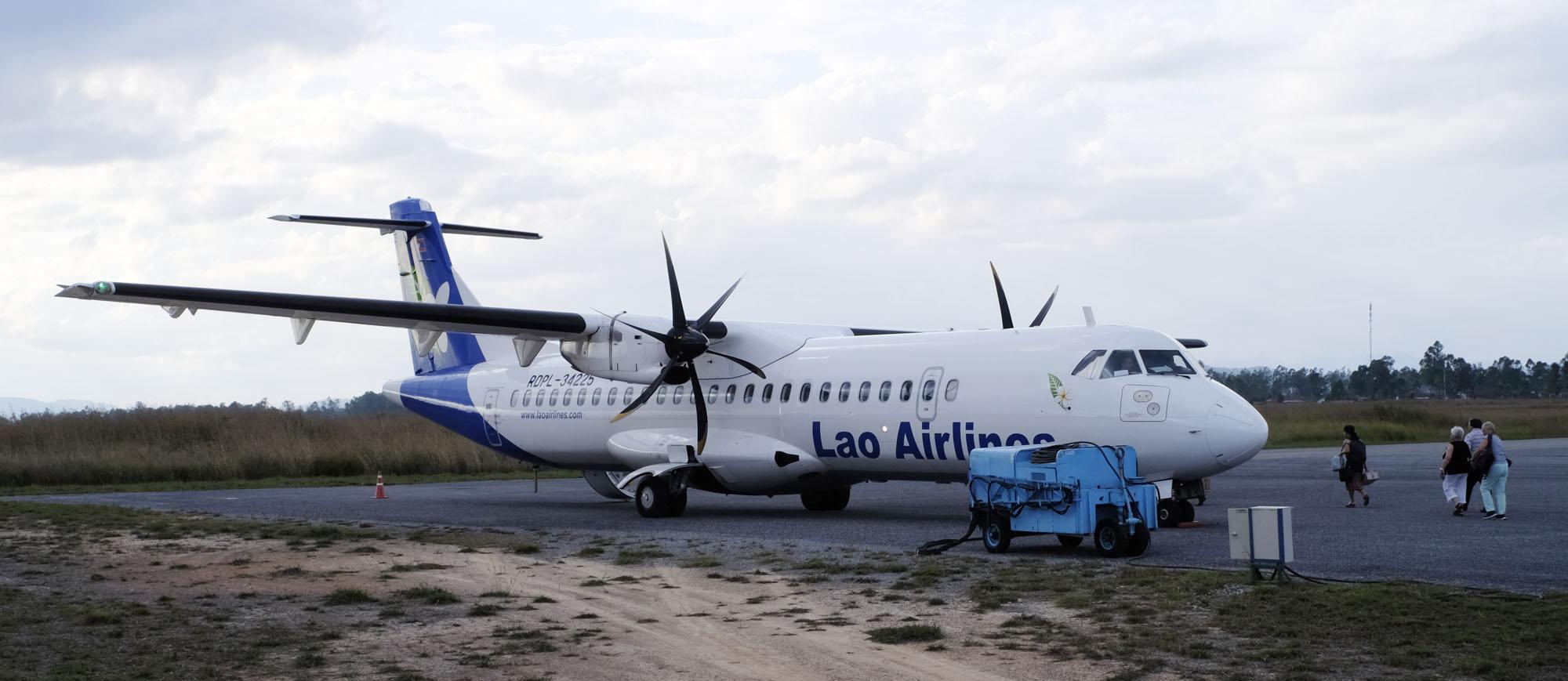 reise-ansichten ATR72 Lao Airlines