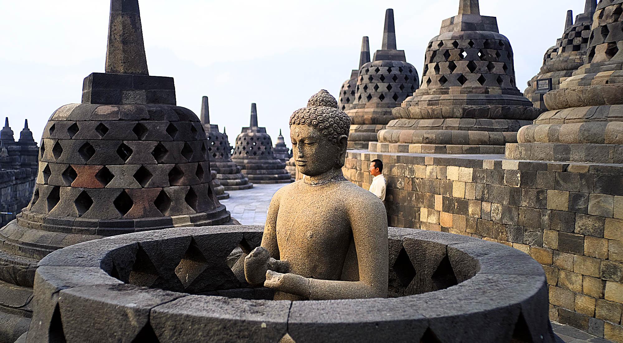 reise-ansichten Borobudur Buddha