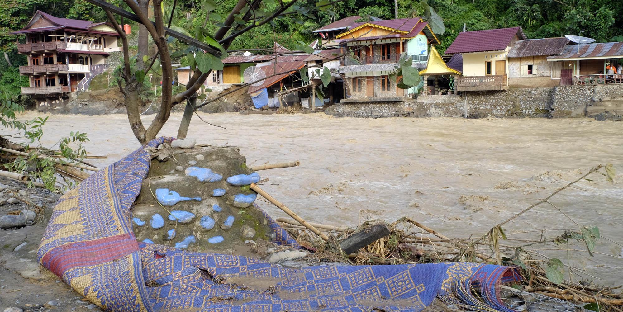 reise-ansichten Bukt Lawang Flut