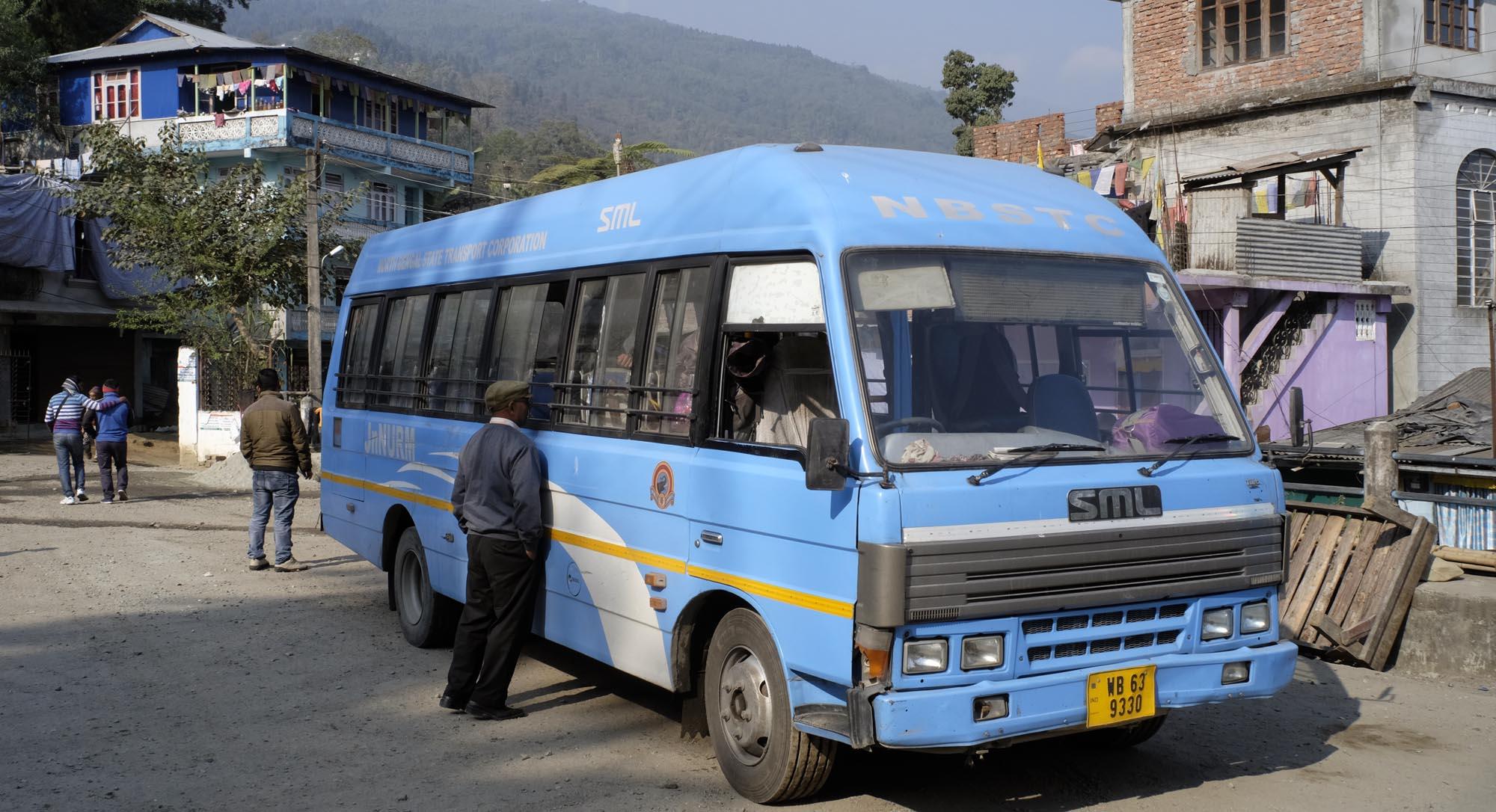 reise-ansichten Bus Darjeeling