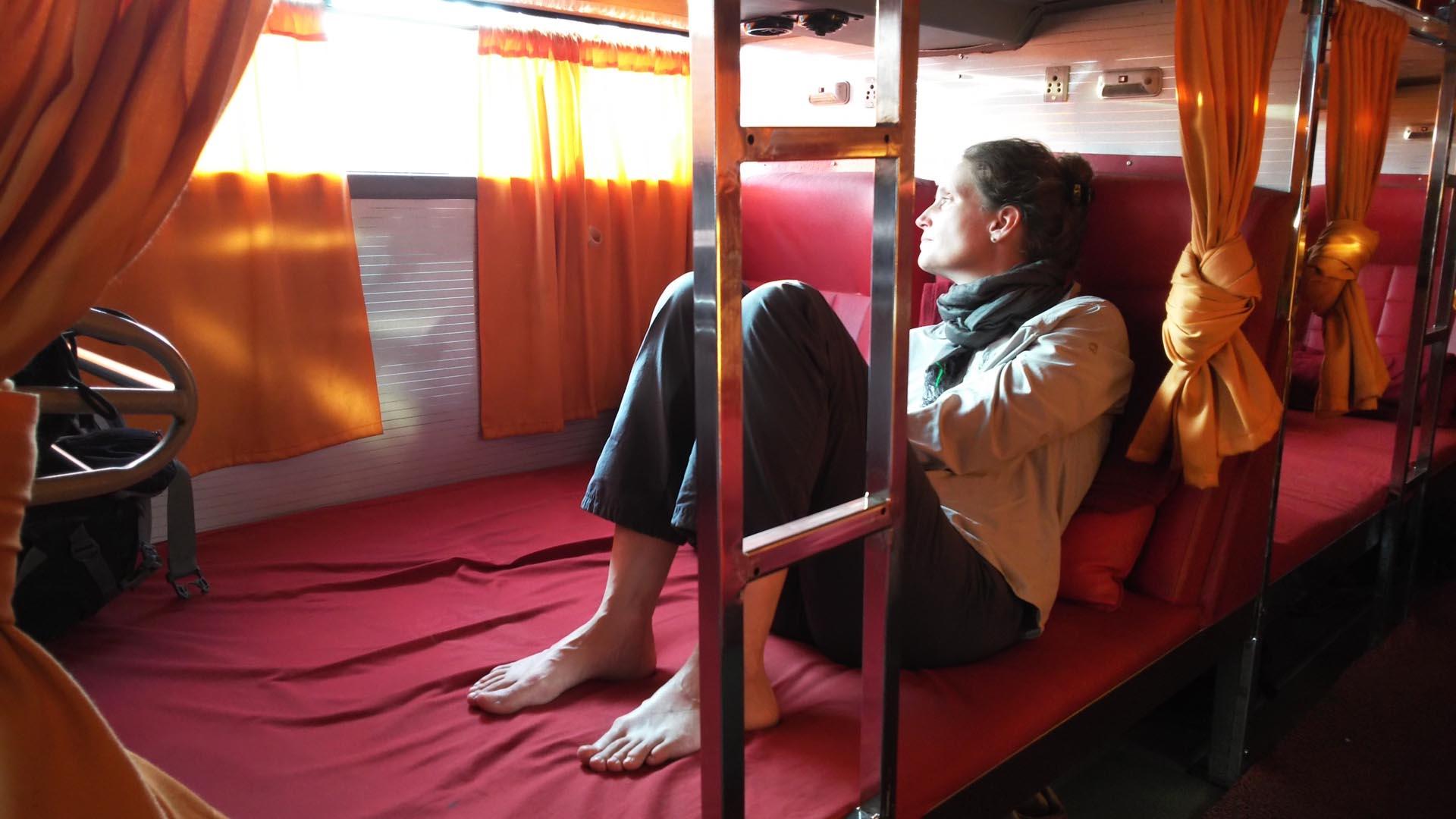 reise-ansichten schlafbus indien